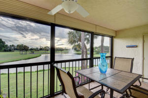 5152  Golfview Court 1824 For Sale 10641484, FL