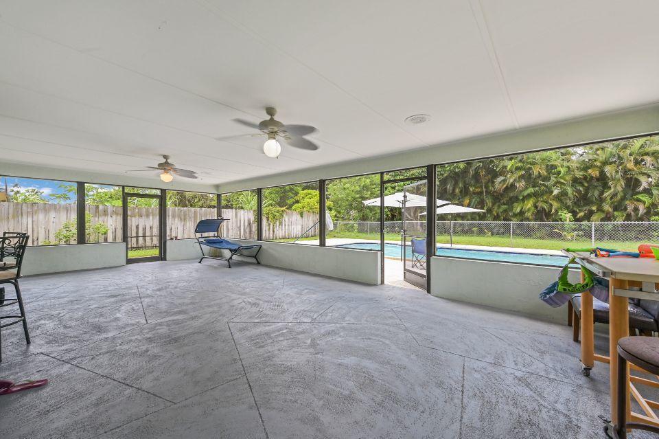 351 Sandpiper Avenue Royal Palm Beach, FL 33411 photo 12