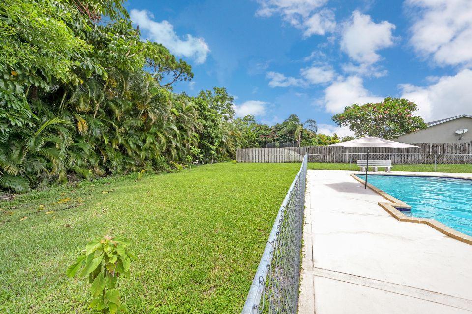 351 Sandpiper Avenue Royal Palm Beach, FL 33411 photo 15