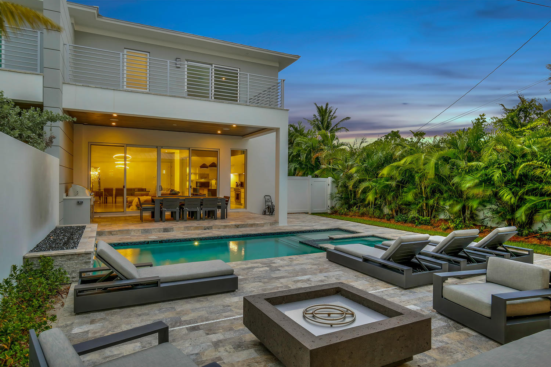 Home for sale in 8th Ave Villas Delray Beach Florida