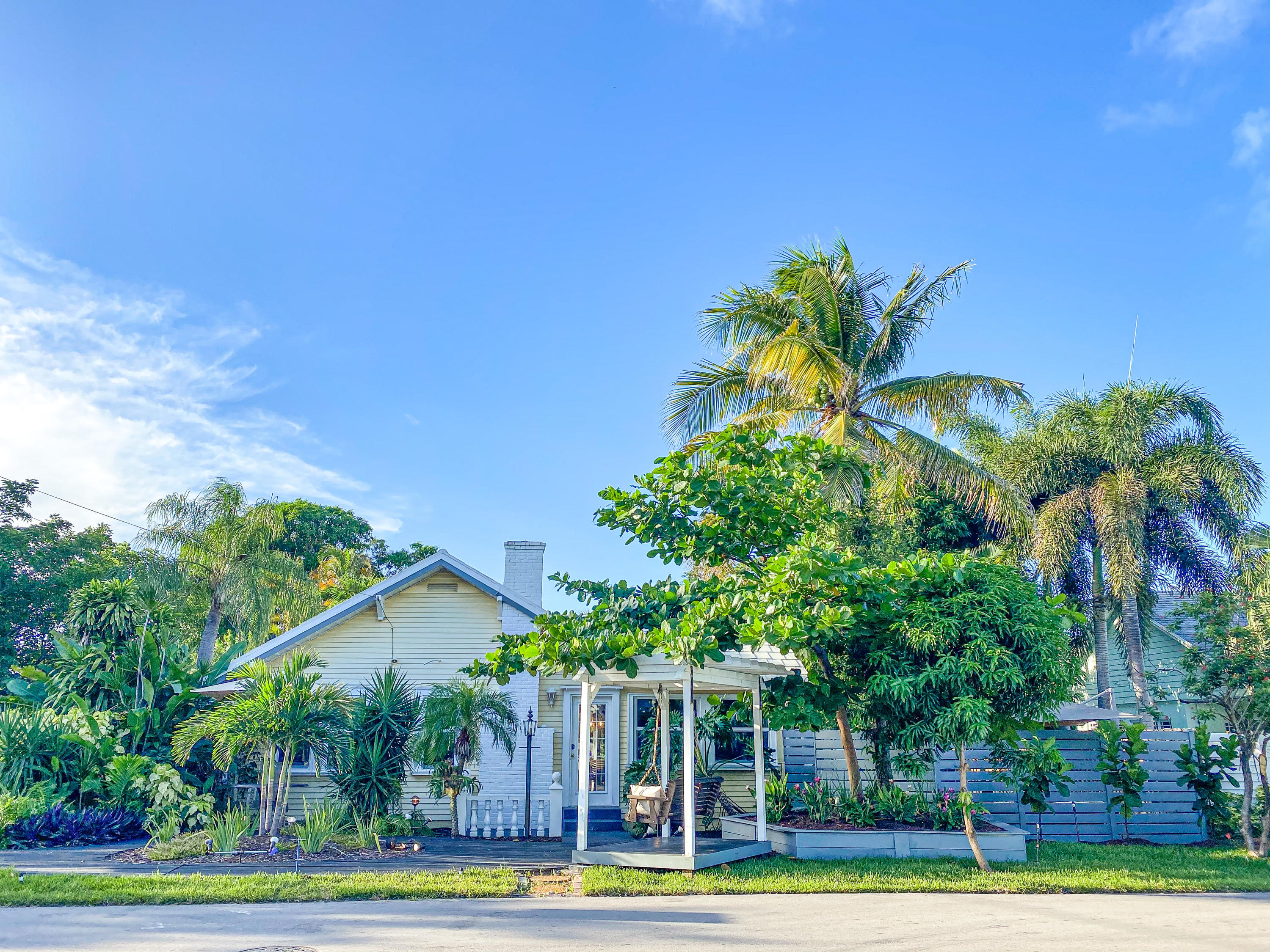 700 NE 17th Avenue - 33304 - FL - Fort Lauderdale