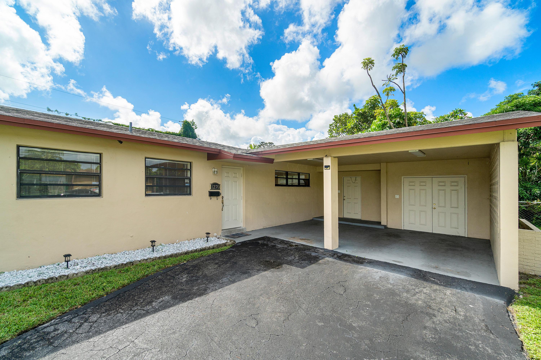 Home for sale in Lauderhill Central Lauderhill Florida