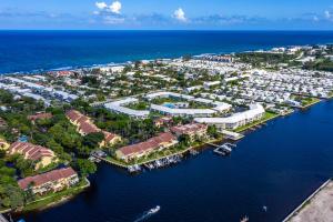 5604 N Ocean Boulevard  For Sale 10640088, FL