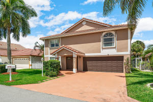 21301  Sawmill Court  For Sale 10642484, FL
