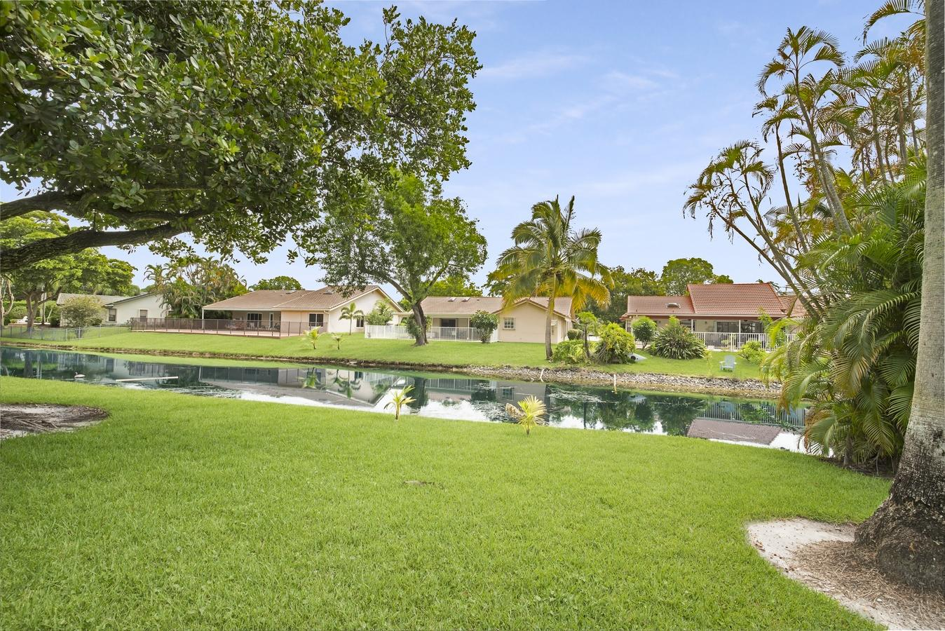 11137 NW 2nd Court Coral Springs, FL 33071 photo 2