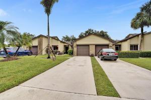 104  Village Walk Drive  For Sale 10642629, FL