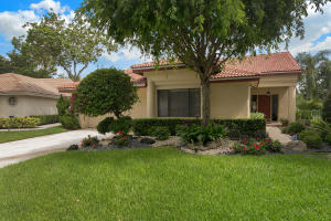 10727  Santa Laguna Drive  For Sale 10642777, FL