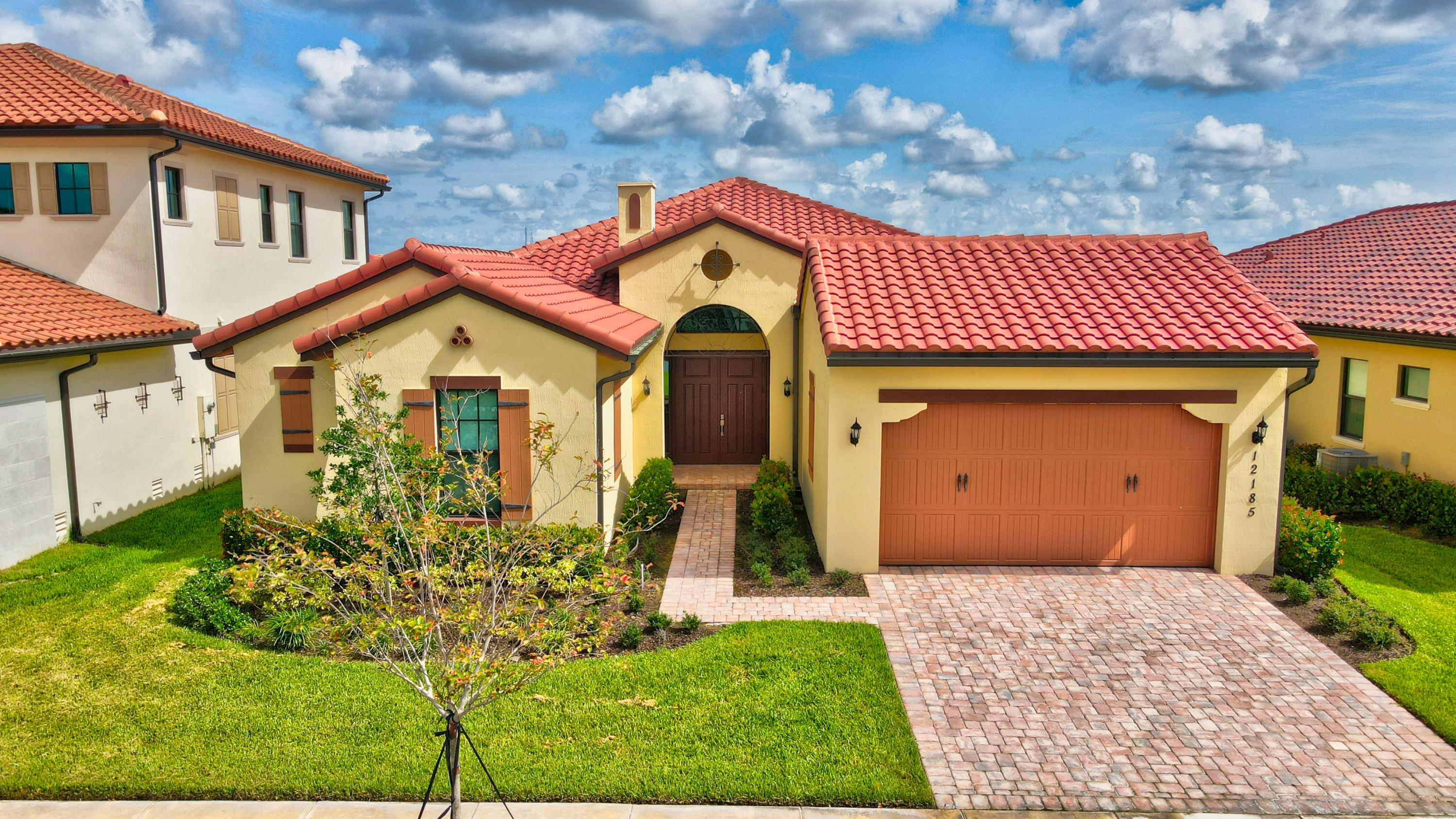 Photo of 12185 Watermark Way, Parkland, FL 33076