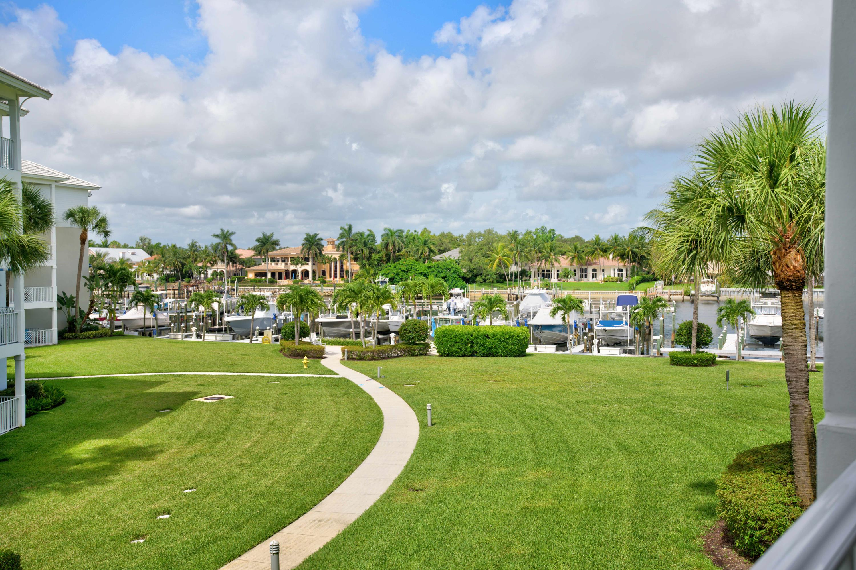 Photo of 422 Bay Colony Dr. N # listing for Sale