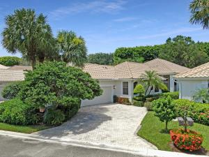 2441 NW 64th Street  For Sale 10643142, FL