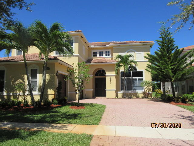 8612 Cobblestone Point Circle Boynton Beach, FL 33472