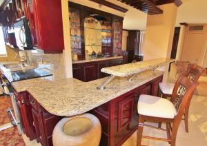4505 S Ocean Boulevard 402 For Sale 10642935, FL