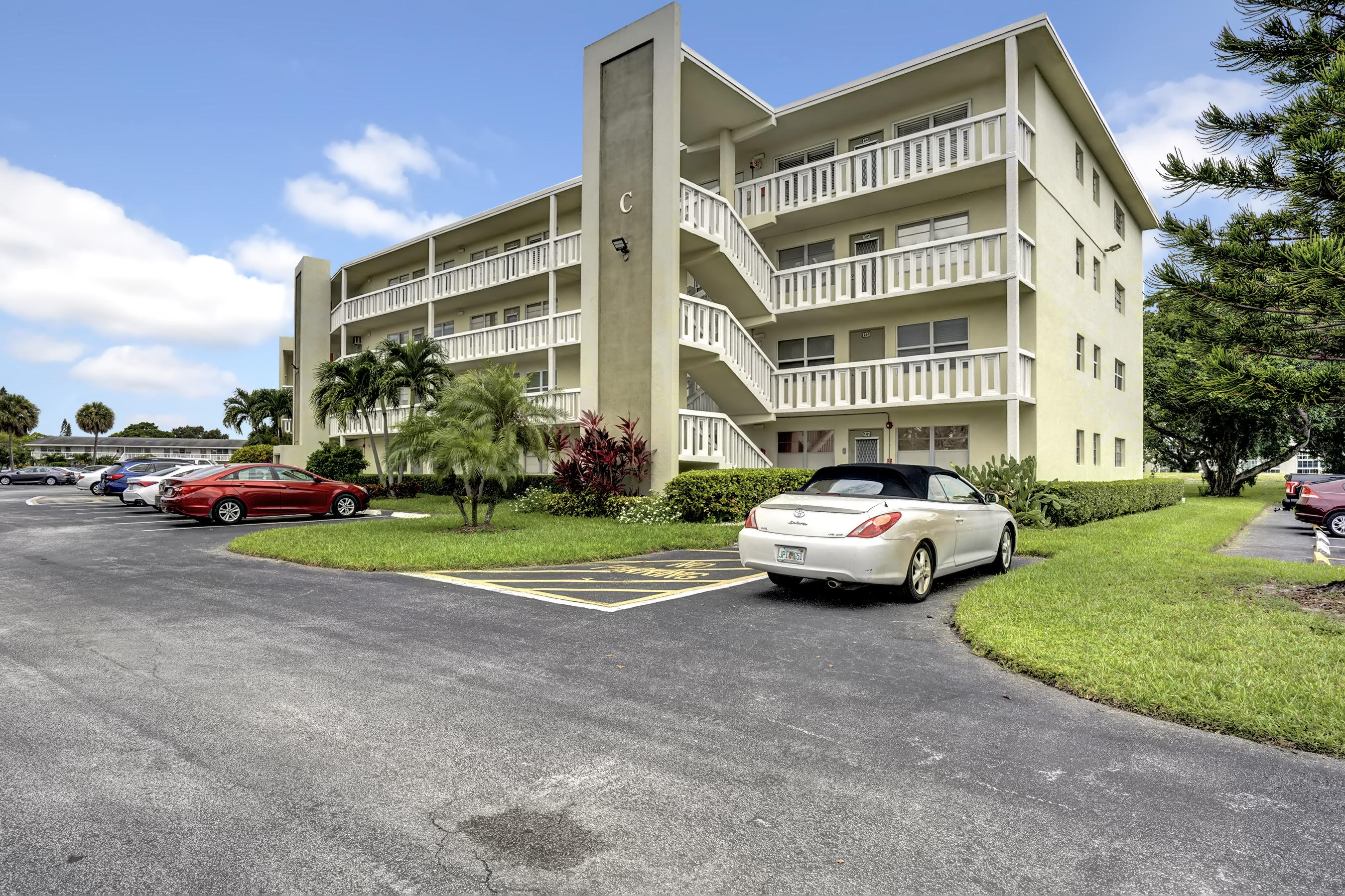 Home for sale in GRANTHAM C CONDO Deerfield Beach Florida