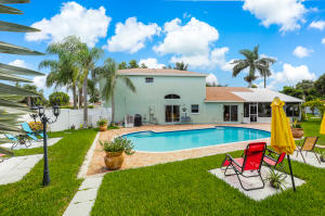 1101  Fairfax Circle  For Sale 10643098, FL