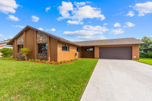 684  Connestee Road  For Sale 10643129, FL