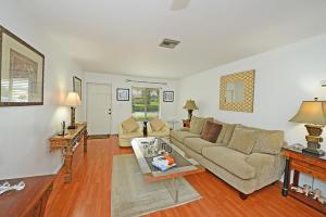 6989  Tiburon Circle 116 For Sale 10643177, FL