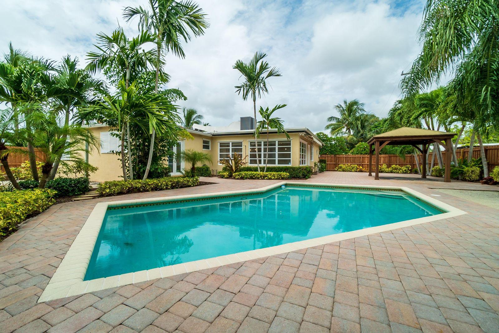 325 Lytle Street  West Palm Beach, FL 33405