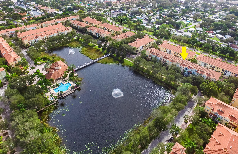 2425 San Pietro Circle Palm Beach Gardens, FL 33410
