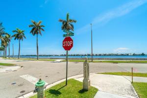 254  Granada Road  For Sale 10643739, FL