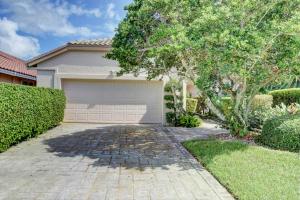 19452  Cedar Glen Drive  For Sale 10643681, FL