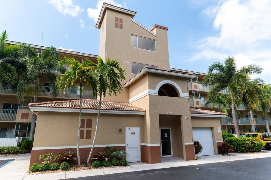 5749 Gemstone Court 202 Boynton Beach, FL 33437
