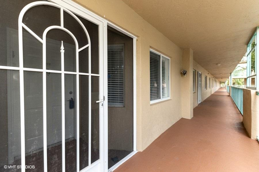 5749 Gemstone Court 202 Boynton Beach, FL 33437 photo 2