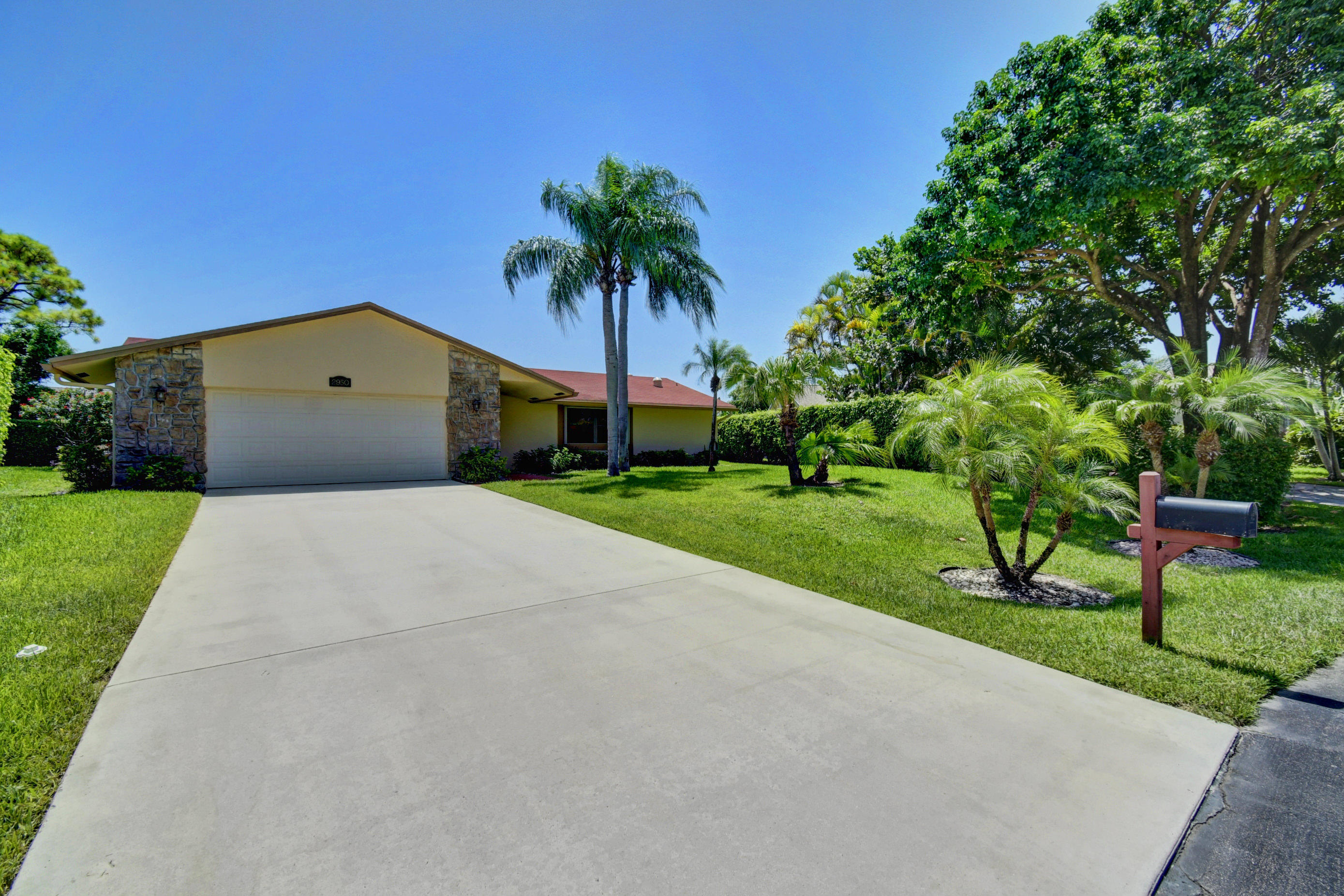 2950 NW 13th Court Delray Beach, FL 33445 photo 40