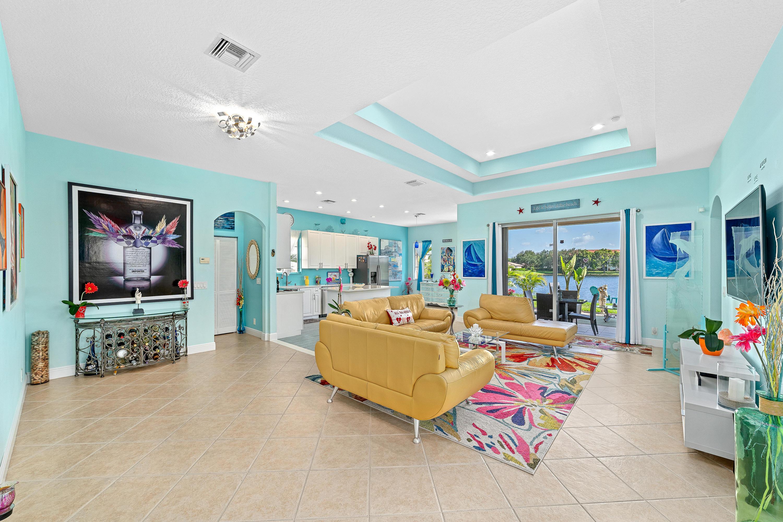 8804 S San Andros West Palm Beach, FL 33411 photo 3