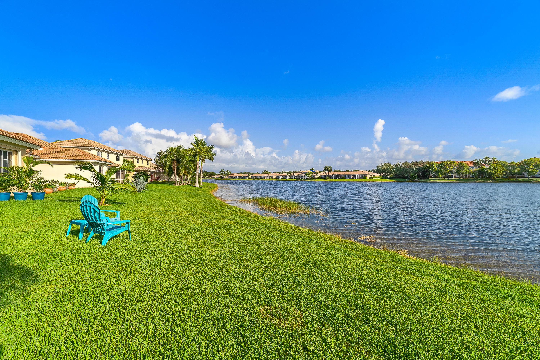 8804 S San Andros West Palm Beach, FL 33411 photo 5