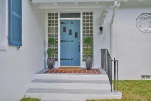 1002 N Swinton Avenue  For Sale 10643623, FL
