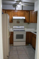 3025  Ridgeway Avenue  For Sale 10643679, FL