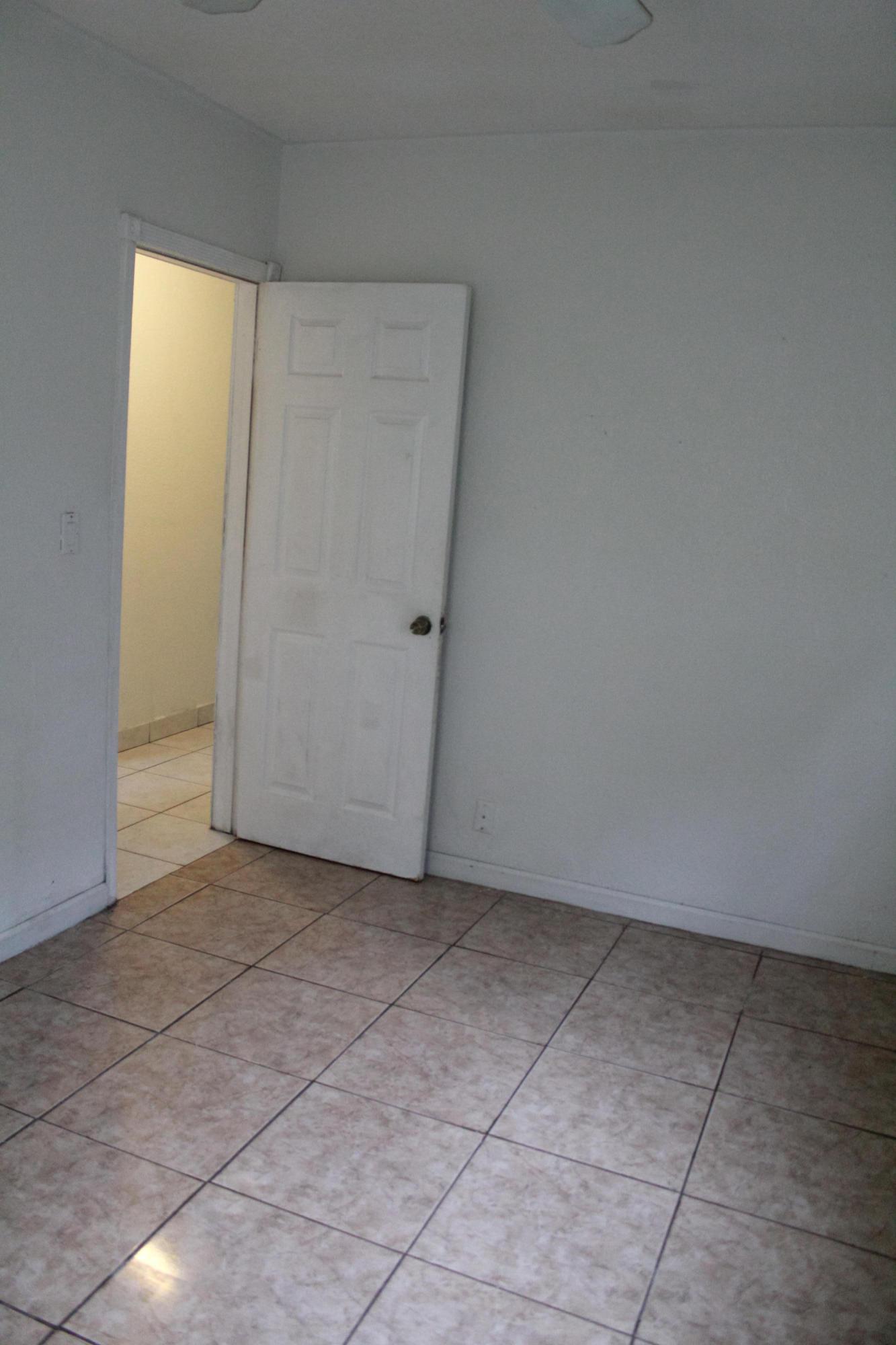 3025 Ridgeway Avenue West Palm Beach, FL 33405 photo 11