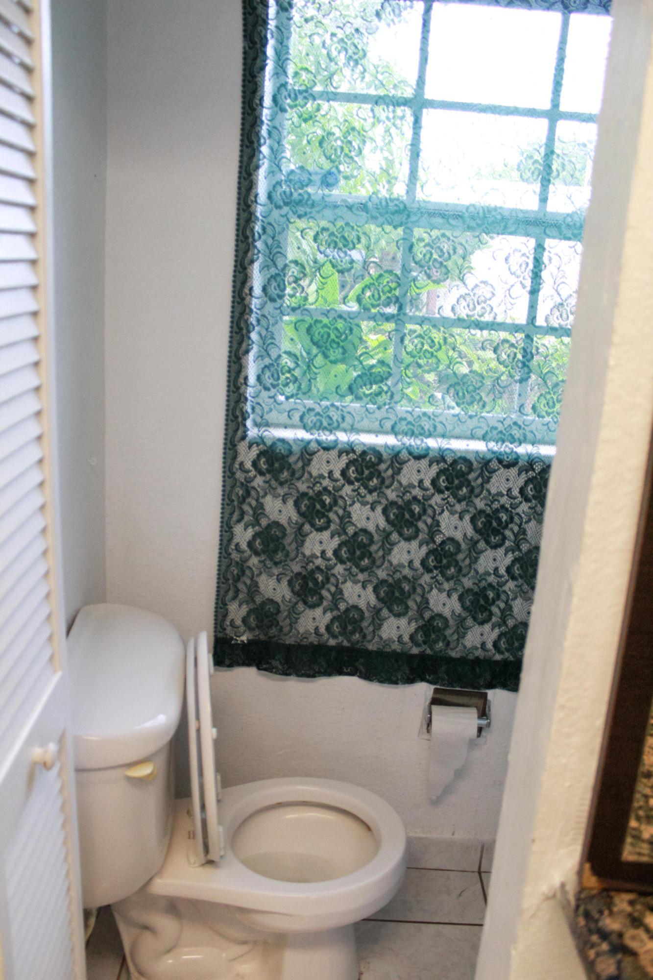 3025 Ridgeway Avenue West Palm Beach, FL 33405 photo 15