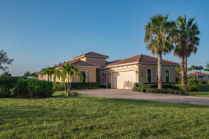 6760  Fox Hollow Drive  For Sale 10643892, FL