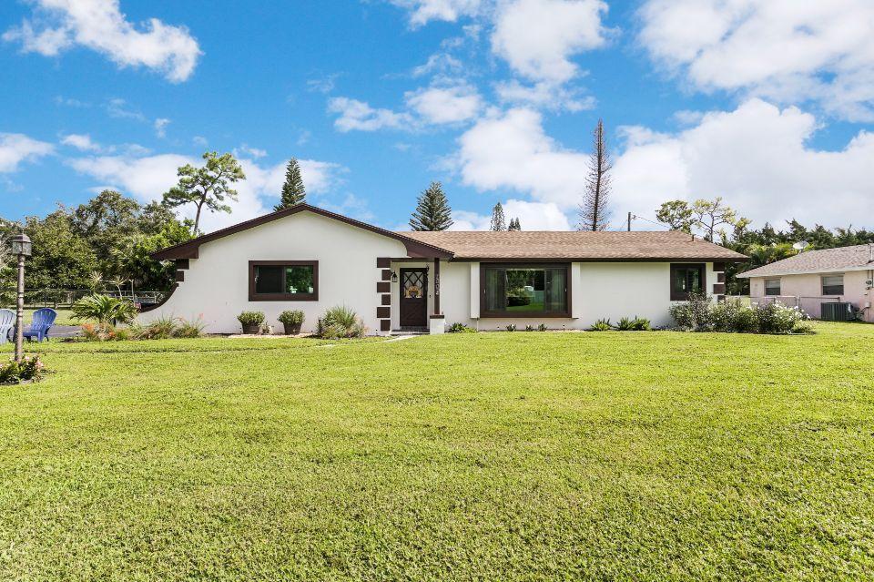 7809 St Andrews Road Lake Worth, FL 33467