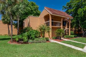 11255  Green Lake Drive 101 For Sale 10643953, FL