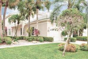5226  Lake Catalina Drive B For Sale 10644092, FL