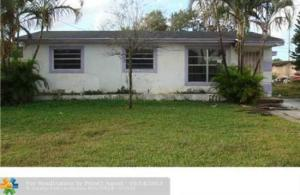 2745 NW Nw 2nd Street Street  For Sale 10644209, FL
