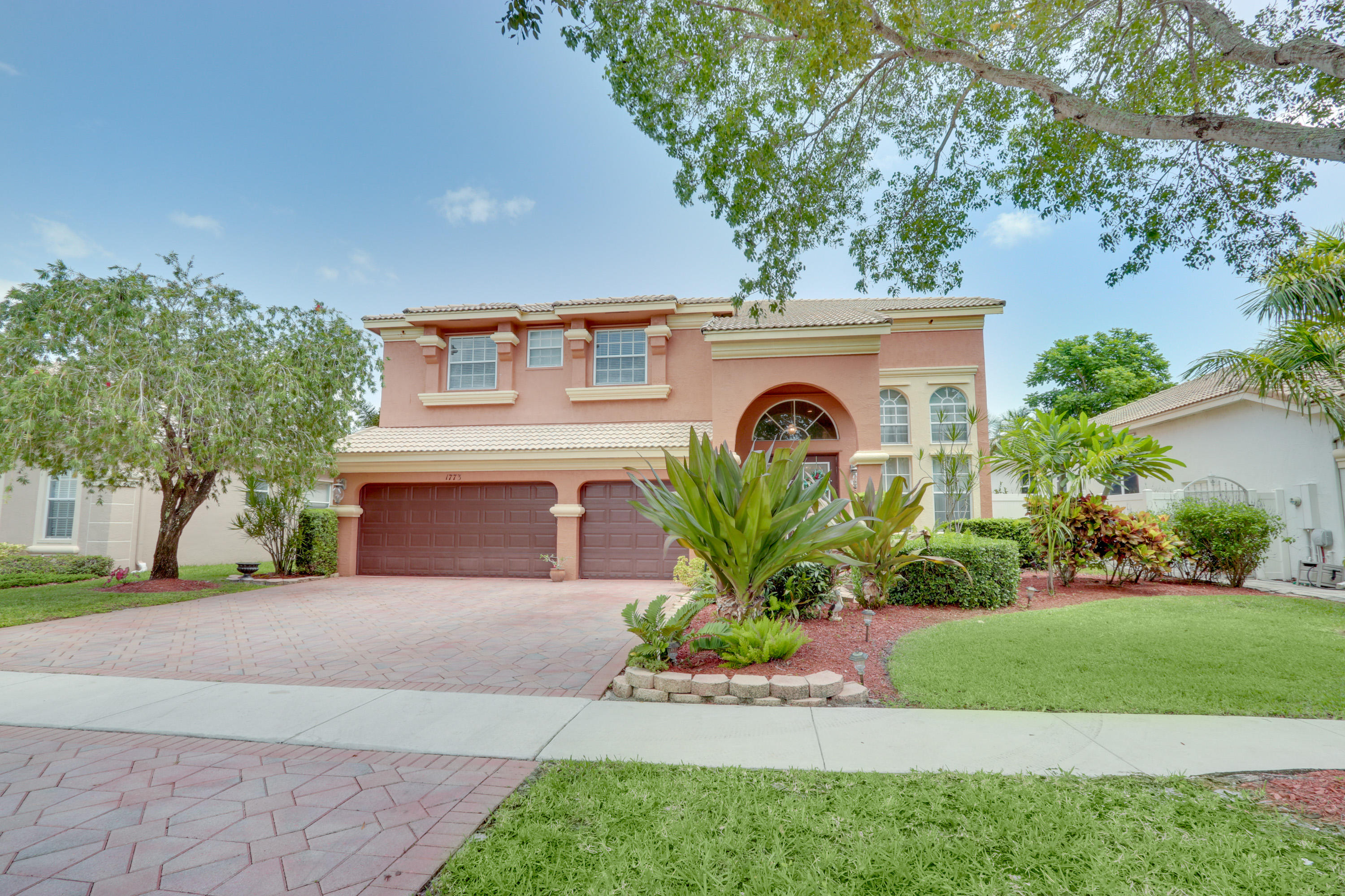 1773 Annandale Circle Royal Palm Beach, FL 33411