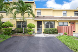 16417  Berry Way  For Sale 10644350, FL