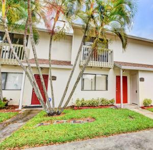 5804  Channel Drive  For Sale 10644085, FL