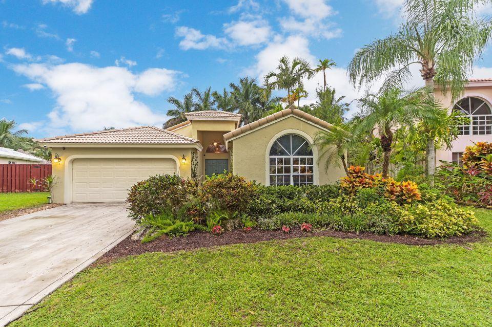 4095 Laurelwood Lane Delray Beach, FL 33445