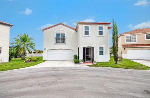 1704  Shoreside Circle  For Sale 10644720, FL