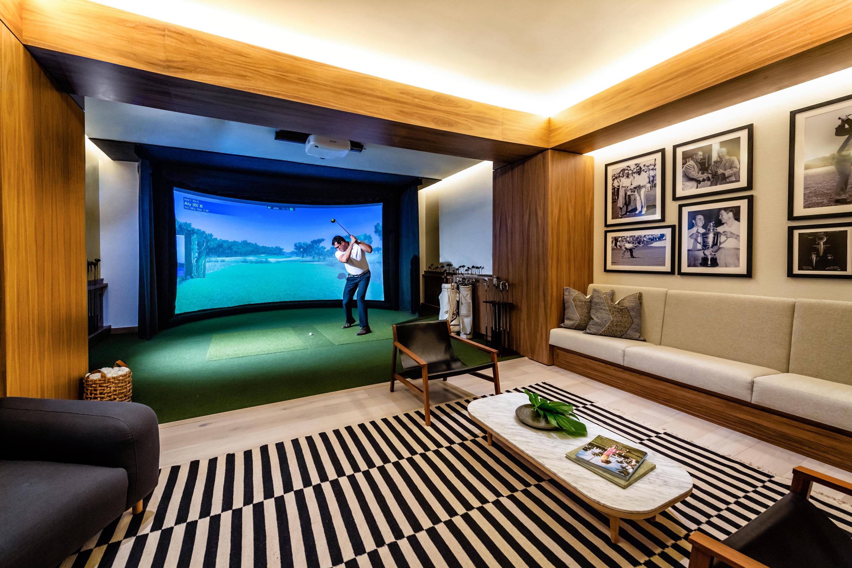 Auberge Golf Simulator