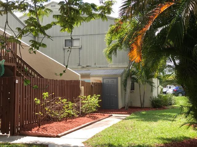 Home for sale in CROSSINGS OF BOYNTON BEACH CONDO Boynton Beach Florida