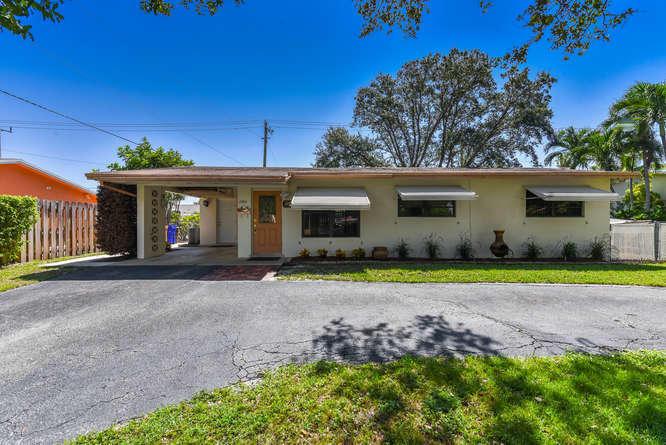 Home for sale in FAIRLAWN Deerfield Beach Florida