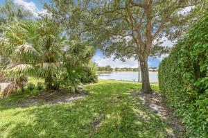 10694  Pelican Drive  For Sale 10645817, FL