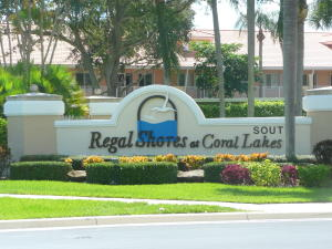 5914  Regal Glen Drive 207 For Sale 10649667, FL