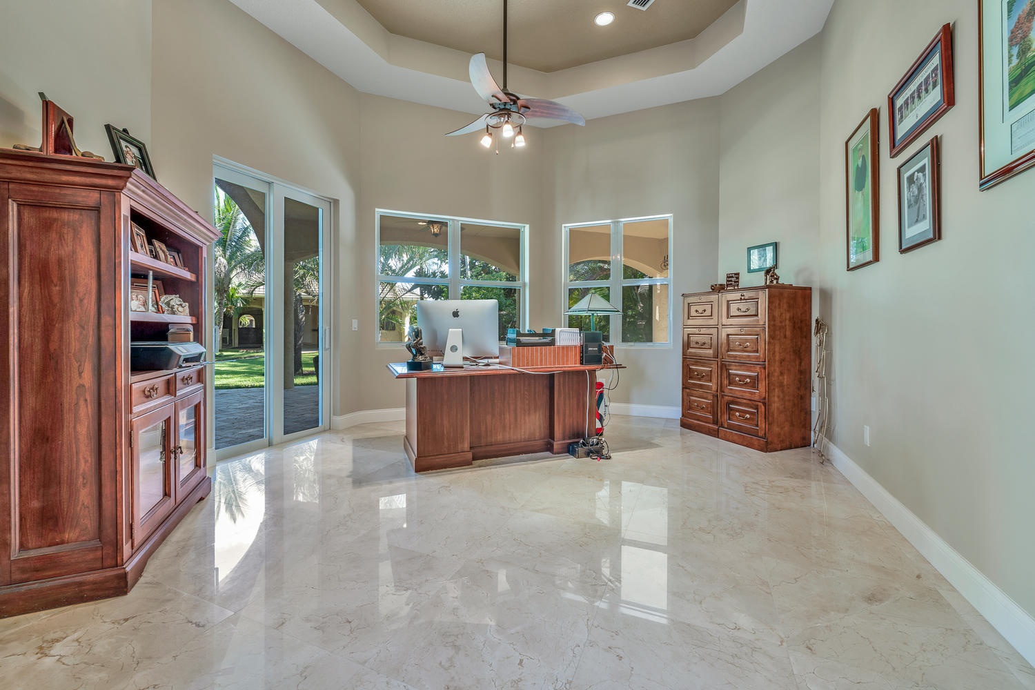 14235 Equestrian Way-large-011-12-Office