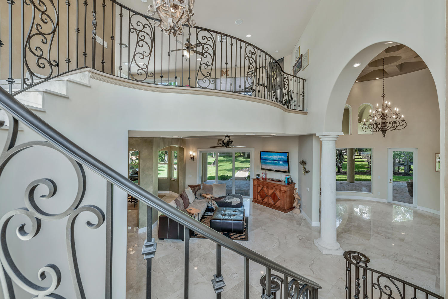 14235 Equestrian Way-large-022-20-Stairs